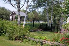 Aluminum-Black-Sentry-with-Arched-Gate_15