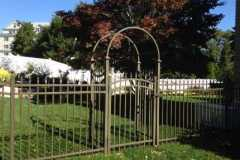 Aluminum-Bronze-Coventry-Style-Majestic-Finial-Top-Picket-with-Arbor_01