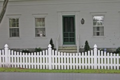 Vinyl-Scalloped-Berkshire-Pinion-Spaced-Picket-with-Gate_06