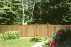 Colonial-Capped-Board-with-Gate_03