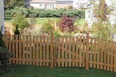 Colonial-Spaced-Board-with-Gate-with-Pencil-Cap_01