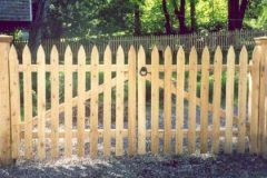Colonial-Spaced-Picket-Double-Drive-Gate_05