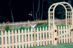 Colonial-Spaced-Picket-with-Gate-and-Arbor_04
