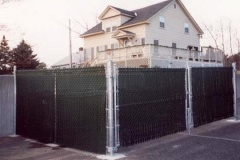 Galvanized-Chain-Link-Enclosure-with-Black-Privacy-Slats_06