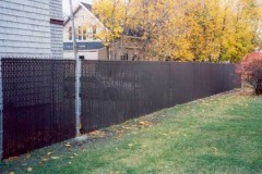 Galvanized-Chain-Link-with-Black-Privacy-Slats_05