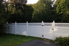 Vinyl-Privacy-with-Diagonal-Lattice-and-Ball-Caps-with-Gate_02
